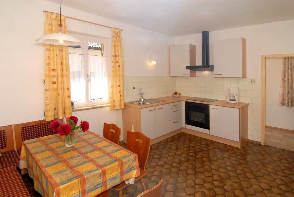 Ap dolomitenblick appartamenti luggin for Appartamenti con due camere matrimoniali